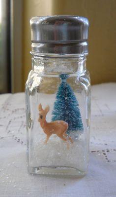 Christmas Salt Shaker DIY